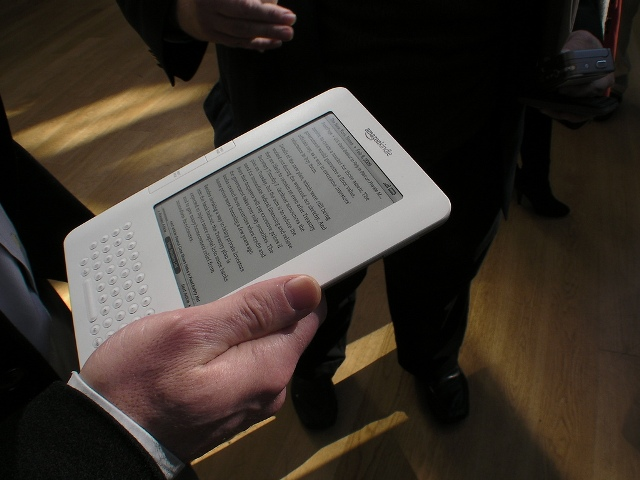 Steve Danlag takes on a portable eBook reader assignment with this comprehensive review of his Kindle 2 handheld eBook reader! Straight from his iPhone!